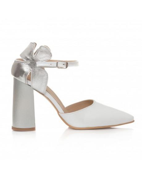 Pantofi bej din piele naturala Flower C17 - sau Orice Culoare
