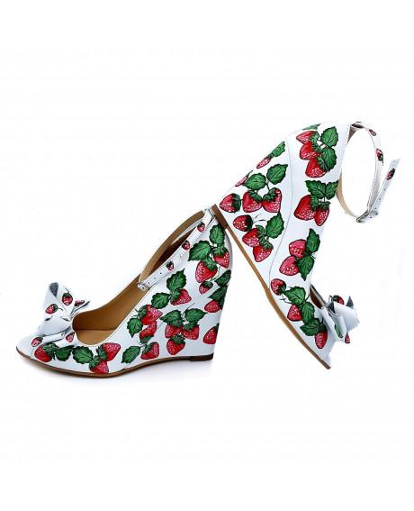 Pantofi piele pictati manual Strawberries D17 - sau Orice Culoare