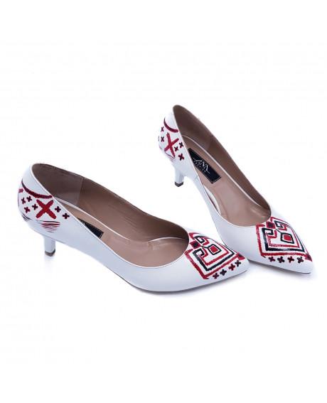 Pantofi piele Myra pictati manual Model Traditional L33 - sau Orice Culoare