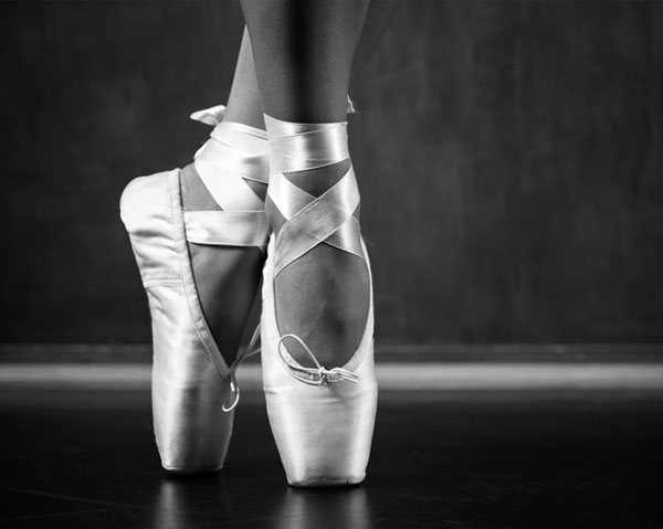 O scurta istorie a balerinilor din piele