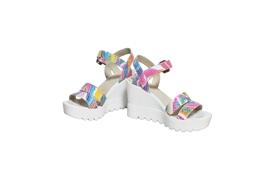 Stilul boho inseamna sandalele Simina rainbow!